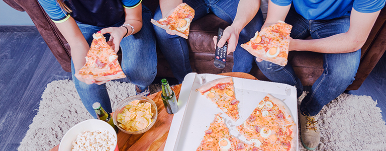 How to Throw an Epic Super Bowl Party (At Home)