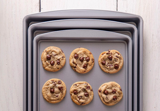 3-Set Baking Sheet Freebie