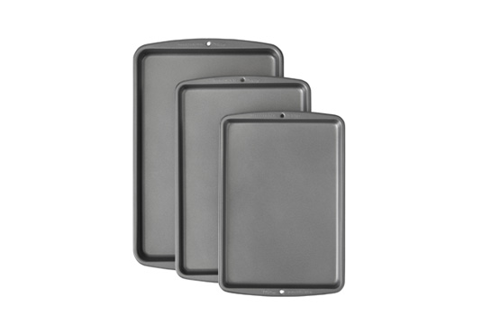 3-Piece Non-Stick Baking Pan Set Freebie